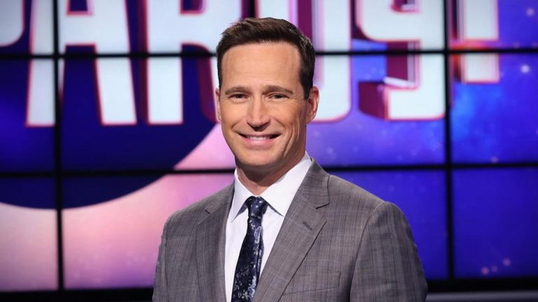 Mike Richards Exits As EP On 'Jeopardy!' & 'Wheel Of Fortune' – Deadline