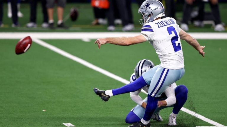 Cowboys kicker misses two field goals and an extra point in dramatic 31-29 loss to Buccaneers – CBS Sports